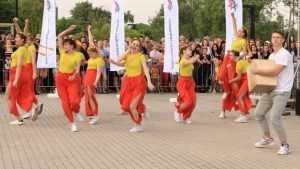 В Брянске на набережной прошёл фестиваль молодежи «Будущее за тобой!»