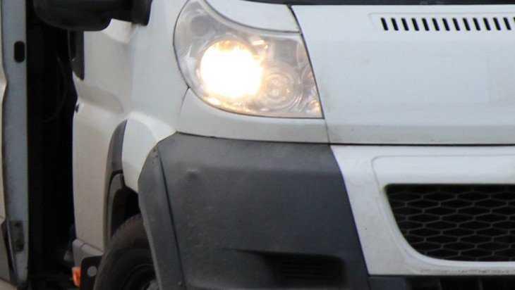 В брянской маршрутке пассажиры едва не задохнулись из-за водителя