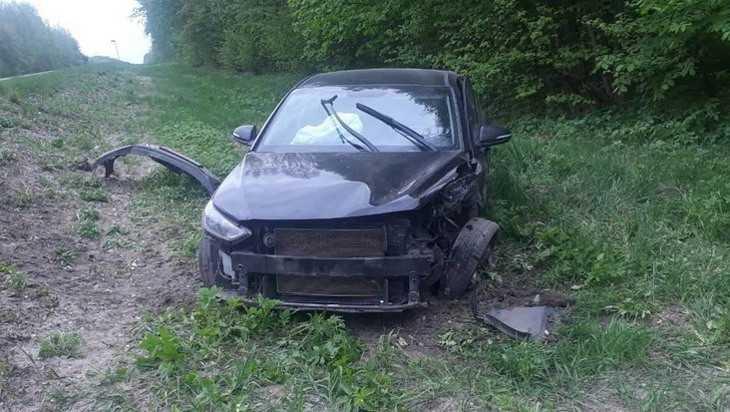 Под Навлей на трассе в лобовом столкновении погиб 35-летний водитель