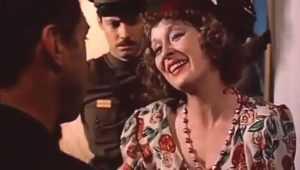В брянской гостинице воровка похитила у мужчины мобильник и 2500 рублей