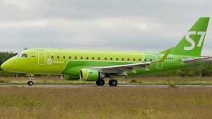 Самолет из Санкт-Петербурга прибыл в Брянск почти с двухчасовым опозданием