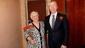 Сотрудники «Брянскэнерго» поздравили с Днем Победы ветеранов-энергетиков