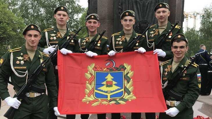«Грандиозно!»: Брянские курсанты стали участниками парада в Москве