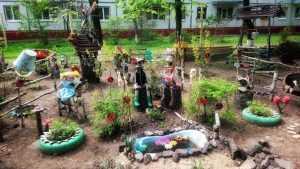В Брянске создали двор, который лечит нытиков и лодырей