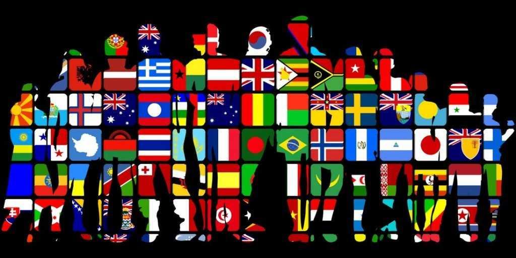 Почему люди активно скупают флаги