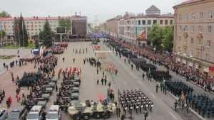 В День Победы в Брянске жириновцы провели желто-синий перформанс