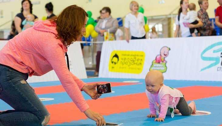 В Брянске в весёлых гонках «Кроха-спринтер» приняли участие 50 малышей