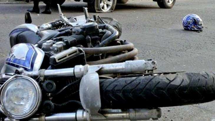 В Клинцах в аварии серьезно пострадал 19-летний мотоциклист