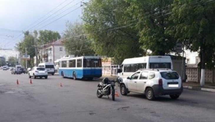 В Брянске мотоциклист переломал ноги  пешеходу-нарушителю