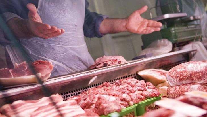 В Брянской области завели 78 дел о торговле опасным мясом в магазинах
