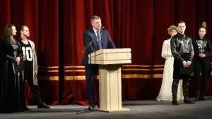 Губернатор Богомаз объявил брянский фестиваль «Театр+» открытым