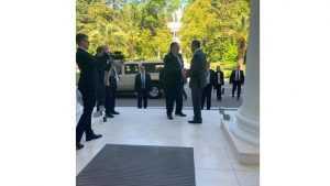 Лавров с дверьми справляется сам: Захарова удивила службу безопасности США