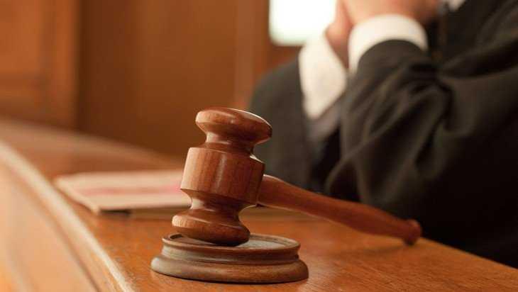 В Брянске прокурор попросил осудить на пять лет взяточника в погонах