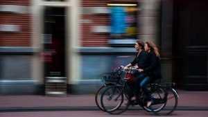 Брянцам предложили приехать на работу на велосипеде