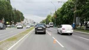 В Брянске в ДТП с 3 иномарками пострадала 29-летняя женщина