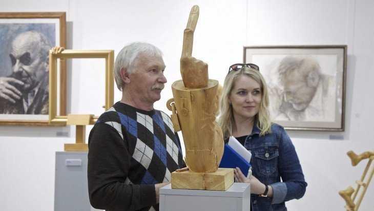 В Брянске открылась необычная выставка «Сибирский валенок»