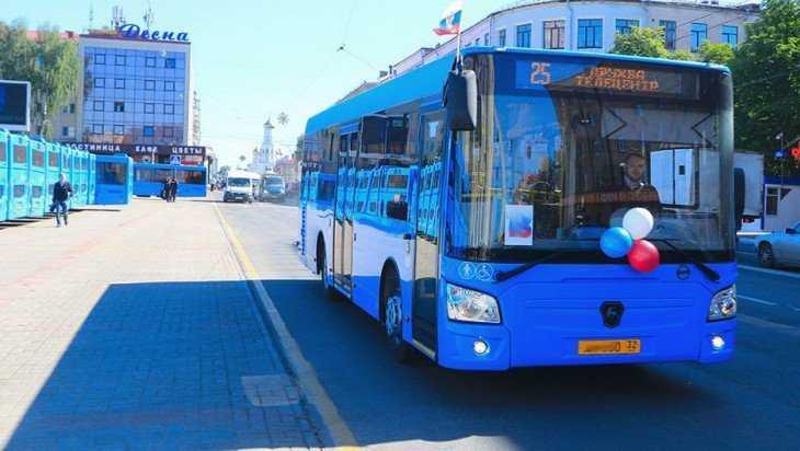 В Брянске значительно выросли доходы муниципальных автобусов