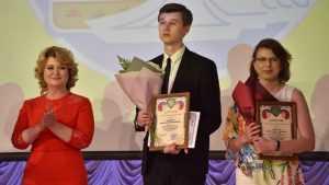 Преподаватель физики из Брянска получил звание «Учитель года»