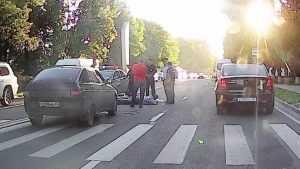Сбитый в Брянске на «зебре» пешеход получил три перелома