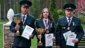 Кинологи Брянской таможни пробились на чемпионат России