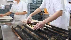 В брянской пекарне 55-летний работник лишился трёх пальцев