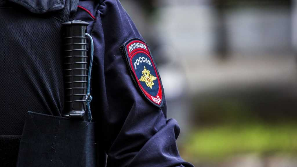 В Брянске полицейского осудили за провокацию в отношении невиновного
