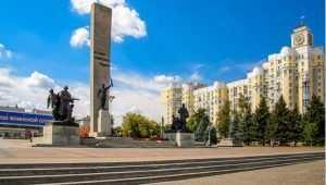 В Брянске на площади Партизан скончался пожилой мужчина