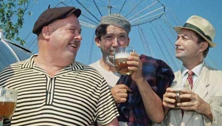 В Брянске владельца бара наказали за рекламу пива на фасаде