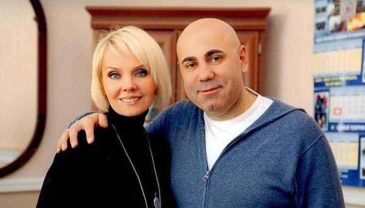 Маски Пригожина и брянского учителя поспорили о чести певицы Валерии