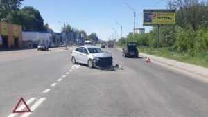 В ДТП на улице Флотской в Брянске разбила лицо 26-летняя девушка