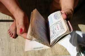Продажи поддельных документов в России выросли в пять раз