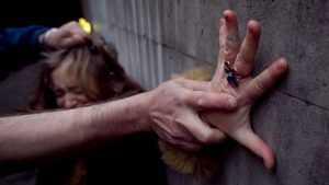 Уголовник из Сельцо попытался в Брянске изнасиловать прохожую