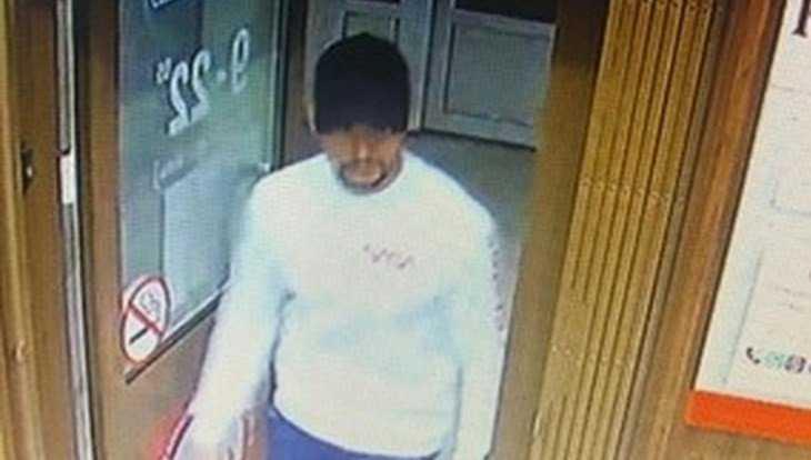 В Брянске мужчину объявили в розыск за сбыт фальшивой купюры