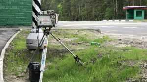 Брянский бедолага на Porsсhe за 8 миллионов стал охранять камеру ГИБДД