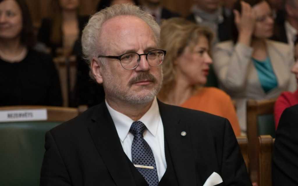 Превратил русских в «негров»: главное о новом президенте Латвии