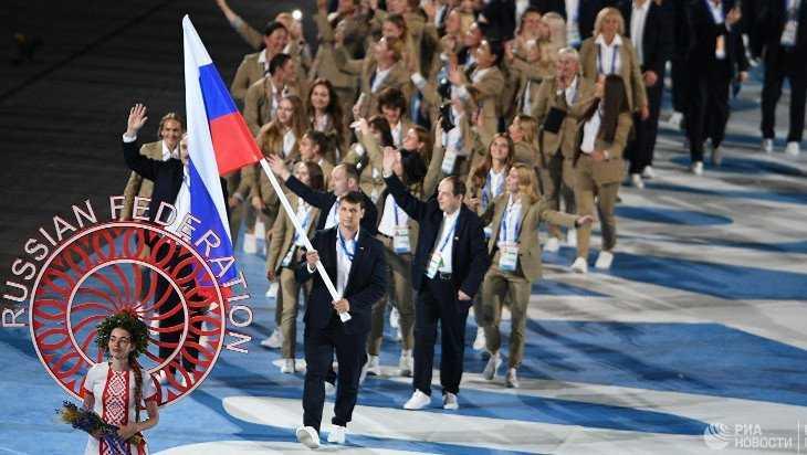 Российский флаг на Европейских играх вынес чемпион мира по самбо