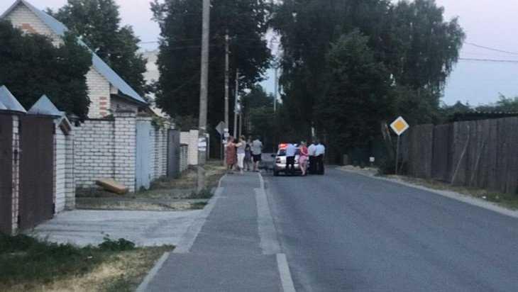 В Брянске автомобиль сбил маленького велосипедиста