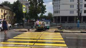 В Брянске на проспекте Московском светофор упал на дорогу