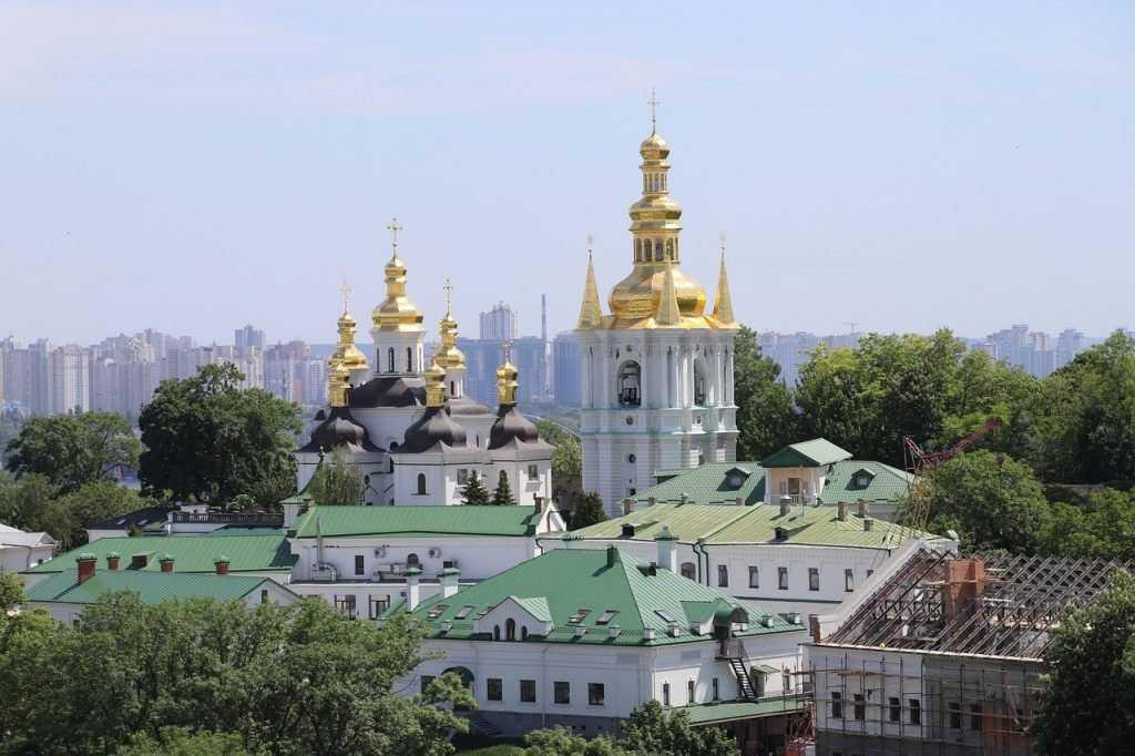Киев очистил русские улицы от позорных бандеровских имен