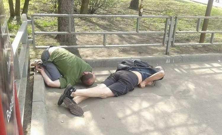 Российские подростки стали меньше пить и нюхать