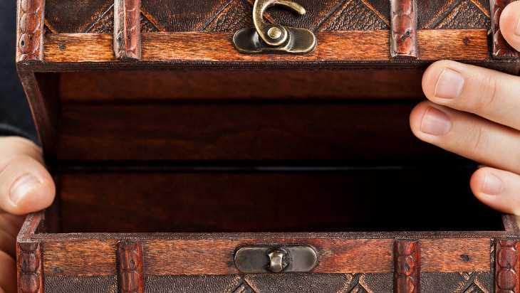 В Бежице подросток украл золотые украшения из дома своего друга