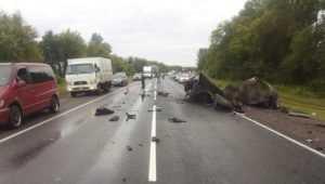 В ДТП под Брянском водитель погубил 4 человек при обгоне