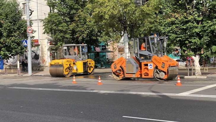 В Брянске начали асфальтировать примыкающие к проспекту Ленина улицы