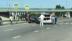Под Брянском возле посёлка Супонево столкнулись три автомобиля