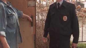 Жительницу брянского села осудили за оскорбление участкового