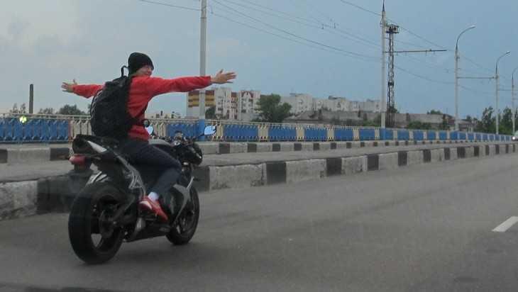 Ночные мотоциклисты довели до головной боли жителей Брянска