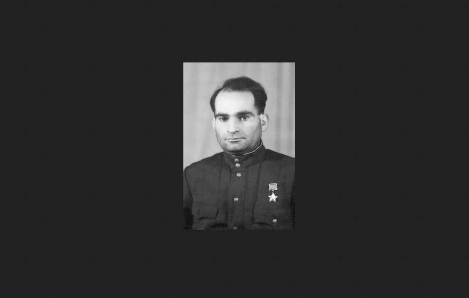 Как Герой Советского Союза обувь чистил