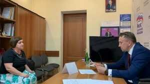 Брянский депутат пообещал найти работу молодым специалистам