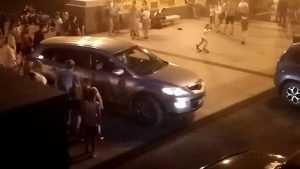 В Брянске сняли видео катаний водителей по лестнице бульвара Гагарина
