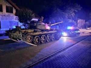 «Пьяный» танк Т-55 заставил понервничать польских русофобов